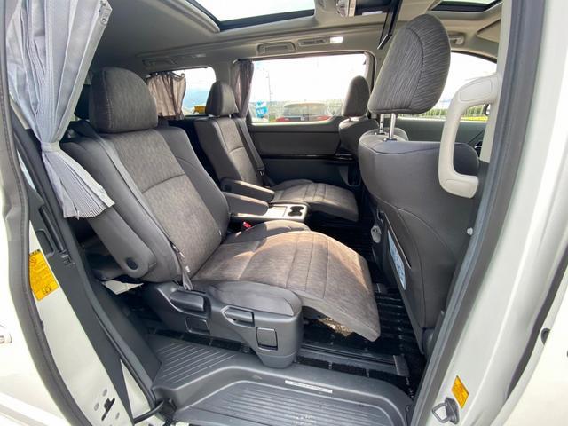 ZR 4WD アドミレーションエアロ サンルーフ アルパイン9型ナビ 後席用モニター 両側電動スライドドア Pバックドア クルーズコントロール ダウンサス 電動シート 100V電源 ETC 1オーナー 禁煙車(9枚目)