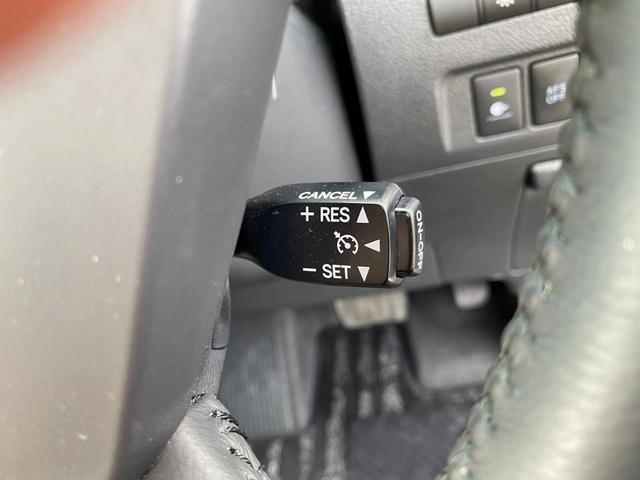 ZR 4WD アドミレーションエアロ サンルーフ アルパイン9型ナビ 後席用モニター 両側電動スライドドア Pバックドア クルーズコントロール ダウンサス 電動シート 100V電源 ETC 1オーナー 禁煙車(38枚目)