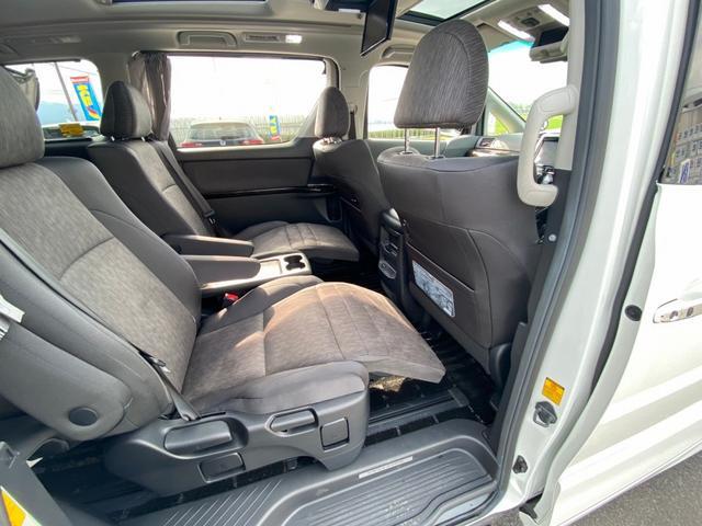 ZR 4WD アドミレーションエアロ サンルーフ アルパイン9型ナビ 後席用モニター 両側電動スライドドア Pバックドア クルーズコントロール ダウンサス 電動シート 100V電源 ETC 1オーナー 禁煙車(68枚目)