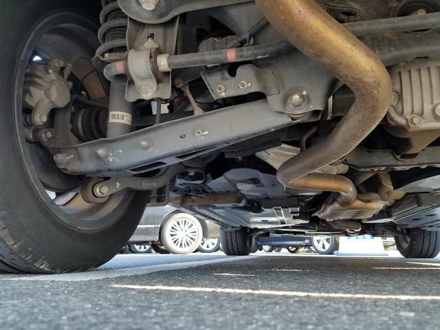 2.0i-L アイサイト 4WD 黒革シート シートヒーター 衝突軽減ブレーキ レーダークルーズ 車線逸脱警告 HIDライト SDナビ フルセグTV CD・DVD再生 Bluetooth接続 バックカメラ ETC スマートキー(48枚目)