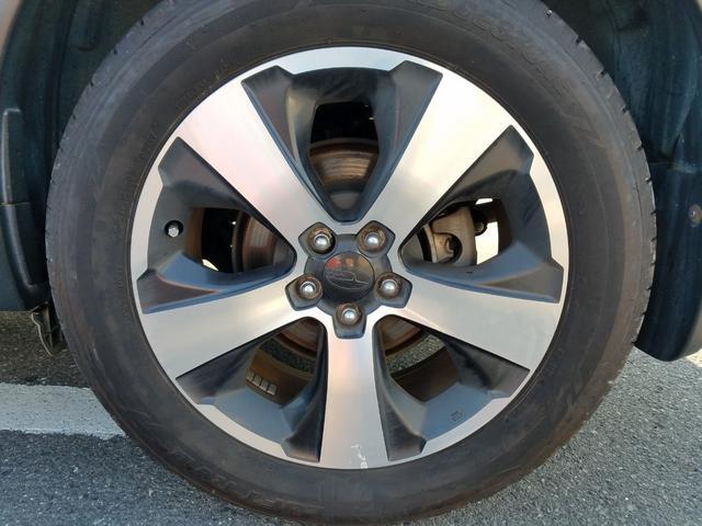 2.0i-L アイサイト 4WD 黒革シート シートヒーター 衝突軽減ブレーキ レーダークルーズ 車線逸脱警告 HIDライト SDナビ フルセグTV CD・DVD再生 Bluetooth接続 バックカメラ ETC スマートキー(51枚目)