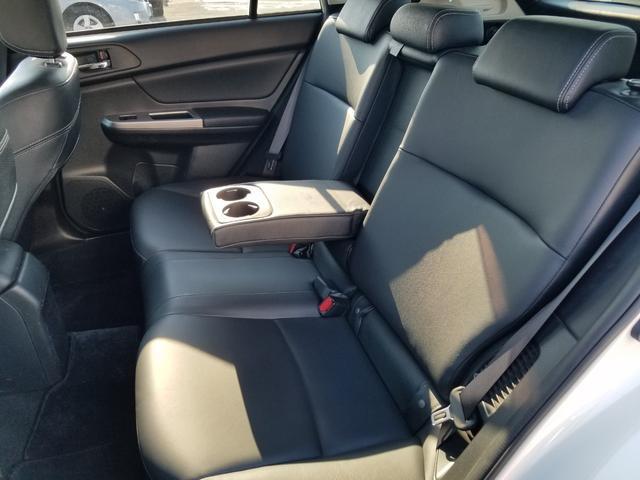 2.0i-L アイサイト 4WD 黒革シート シートヒーター 衝突軽減ブレーキ レーダークルーズ 車線逸脱警告 HIDライト SDナビ フルセグTV CD・DVD再生 Bluetooth接続 バックカメラ ETC スマートキー(58枚目)