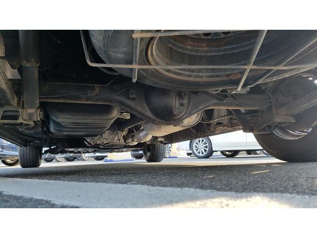 GL 4WD 10人乗り 左側電動スライドドア SDナビ CD・DVD再生 USB接続 ETC 電格ミラー デュアルエアコン オートライト(4枚目)