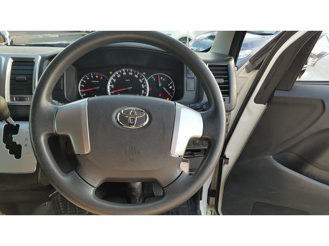 GL 4WD 10人乗り 左側電動スライドドア SDナビ CD・DVD再生 USB接続 ETC 電格ミラー デュアルエアコン オートライト(21枚目)