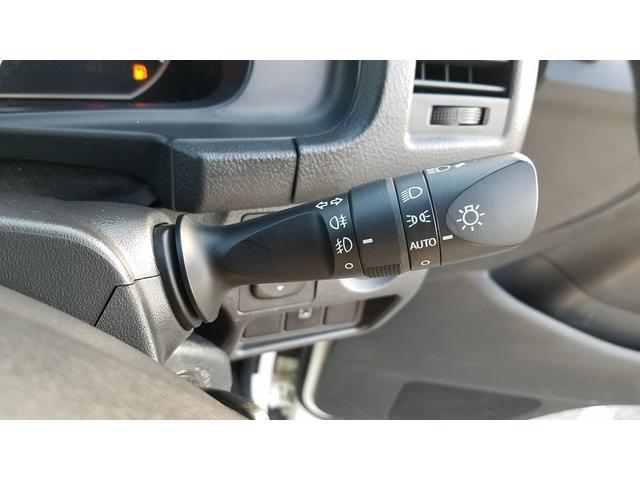 GL 4WD 10人乗り 左側電動スライドドア SDナビ CD・DVD再生 USB接続 ETC 電格ミラー デュアルエアコン オートライト(30枚目)