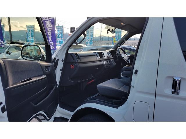 GL 4WD 10人乗り 左側電動スライドドア SDナビ CD・DVD再生 USB接続 ETC 電格ミラー デュアルエアコン オートライト(46枚目)