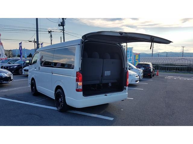 GL 4WD 10人乗り 左側電動スライドドア SDナビ CD・DVD再生 USB接続 ETC 電格ミラー デュアルエアコン オートライト(51枚目)