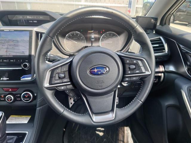 2.0i-Sアイサイト 4WD 衝突軽減ブレーキ レーンキープアシスト 純正8型ナビ CD・DVD再生 フルセグ Mサーバー Bluetooth接続 ETC バックカメラ 電動シート ブラインドスポットモニター 1オーナー 禁煙車(12枚目)