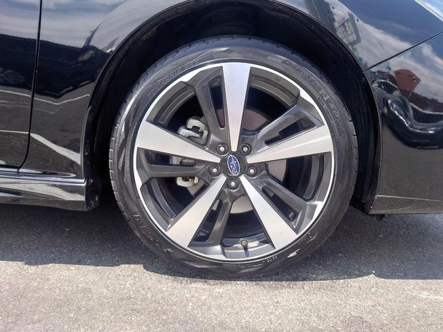 2.0i-Sアイサイト 4WD 衝突軽減ブレーキ レーンキープアシスト 純正8型ナビ CD・DVD再生 フルセグ Mサーバー Bluetooth接続 ETC バックカメラ 電動シート ブラインドスポットモニター 1オーナー 禁煙車(20枚目)
