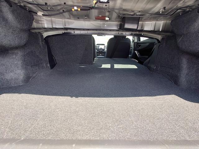 2.0i-Sアイサイト 4WD 衝突軽減ブレーキ レーンキープアシスト 純正8型ナビ CD・DVD再生 フルセグ Mサーバー Bluetooth接続 ETC バックカメラ 電動シート ブラインドスポットモニター 1オーナー 禁煙車(49枚目)