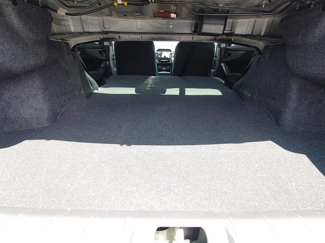 2.0i-Sアイサイト 4WD 衝突軽減ブレーキ レーンキープアシスト 純正8型ナビ CD・DVD再生 フルセグ Mサーバー Bluetooth接続 ETC バックカメラ 電動シート ブラインドスポットモニター 1オーナー 禁煙車(50枚目)