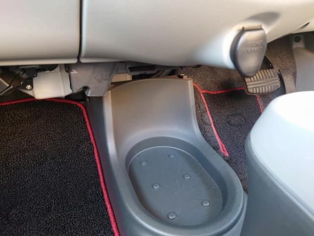 ビバーチェ 禁煙車 4WD 走行距離35000Km以下 CD再生 スマートキー シートヒーター 盗難防止装置 電格格納ミラー オートエアコン  衝突安全ボディー UVカットガラス プライバシーガラス(43枚目)