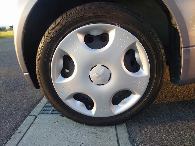 ビバーチェ 禁煙車 4WD 走行距離35000Km以下 CD再生 スマートキー シートヒーター 盗難防止装置 電格格納ミラー オートエアコン  衝突安全ボディー UVカットガラス プライバシーガラス(53枚目)