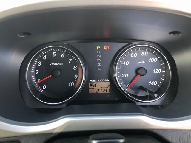 カスタムL 禁煙車 4WD ターボ 7インチナビ フルセグTV 15インチ純正アルミホイール CD・DVD再生 USB接続 ETC センターデフロック 前方録画ドライブレコーダー キーレス リアスポイラー(26枚目)