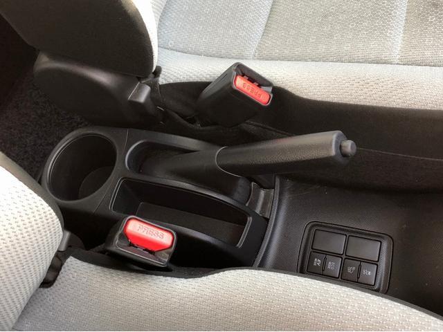 L -当店買取車両- 法人1オーナー 後期型 SDナビ CD・DVD再生 1セグTV Bluetooth接続 バックカメラ アイドリングストップ リアスポイラー オートエアコン ミラーウインカー(44枚目)