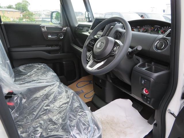 G・Lホンダセンシング 4WD ETC Bカメラ 足マット付き(4枚目)