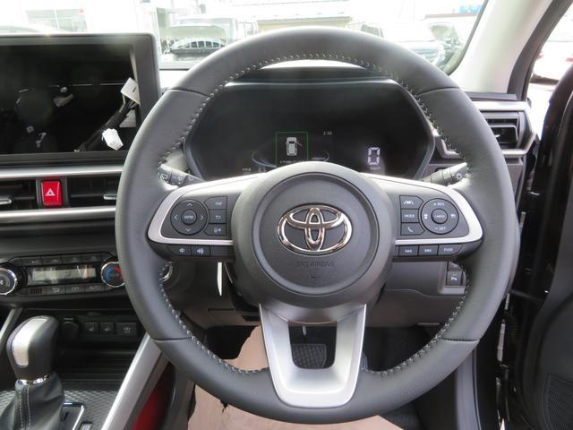 Z 4WD フルエアロ 寒冷地仕様 スマートアシスト LEDヘッドライト・フォグ 登録済み未使用車 本革巻きシフトノブ・ステアリング LEDデジタルスピードメーター 純正17インチアルミ 車検R6年6月(6枚目)