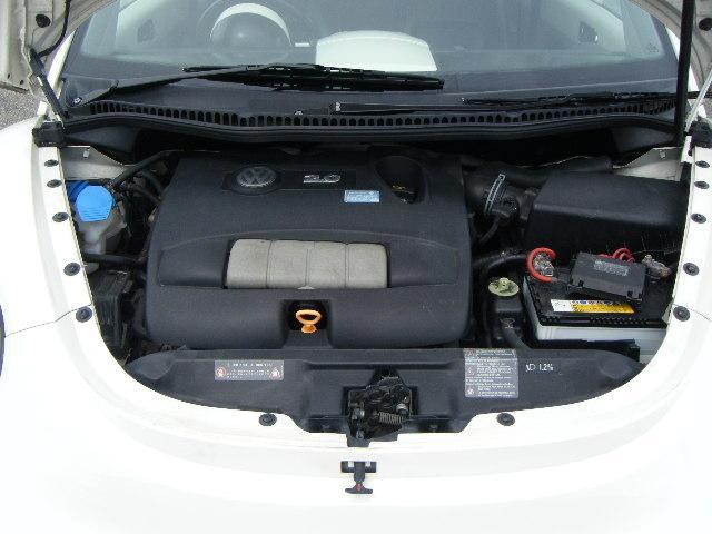 フォルクスワーゲン VW ニュービートル ベースグレード