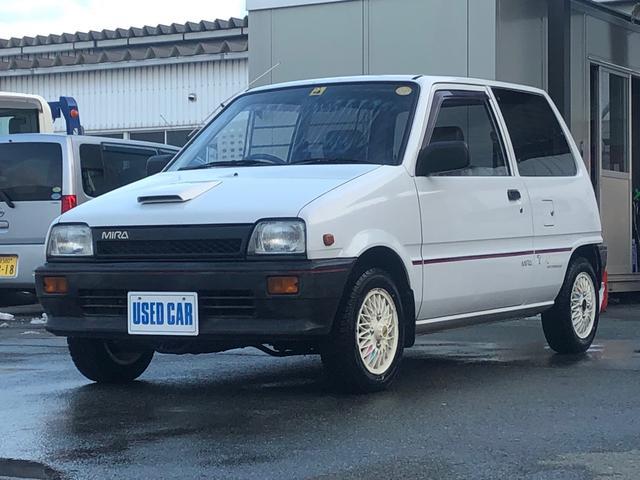 今の時代に全く必要のないこのラ・ジ・カ・セ!当時はコレがモテたんです!だってラジオじゃないんだもん!