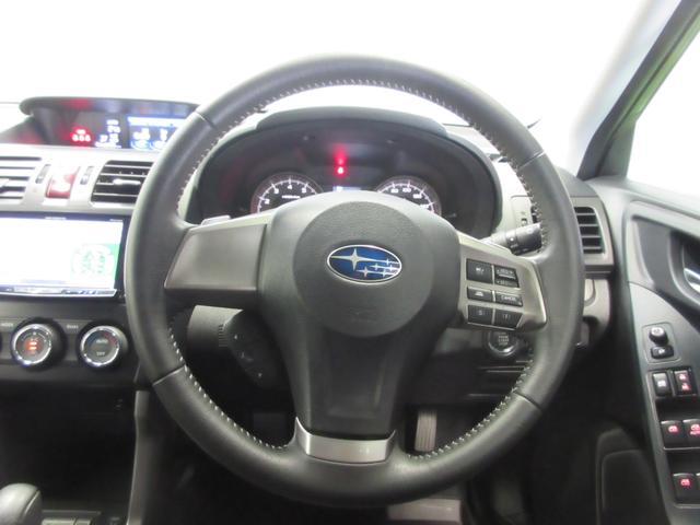 2.0i-L アイサイト 4WD HDDナビ DVD CD フルセグ Bluetooth接続 バックカメラ HIDオートライト アイサイト 横滑り防止 クルーズコントロール シートヒーター(5枚目)