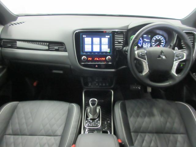 Gプレミアムパッケージ 4WD 急速充電 純正ナビ USB Bluetooth接続 スマホ連携 アラウンドモニター 電気温水ヒーター クルーズコントロール ETC 横滑り防止 衝突被害軽減ブレーキ コーナーセンサー(4枚目)
