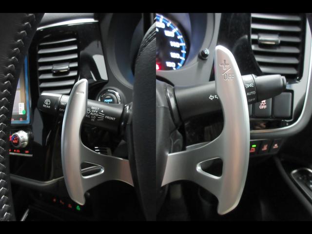 Gプレミアムパッケージ 4WD 急速充電 純正ナビ USB Bluetooth接続 スマホ連携 アラウンドモニター 電気温水ヒーター クルーズコントロール ETC 横滑り防止 衝突被害軽減ブレーキ コーナーセンサー(7枚目)