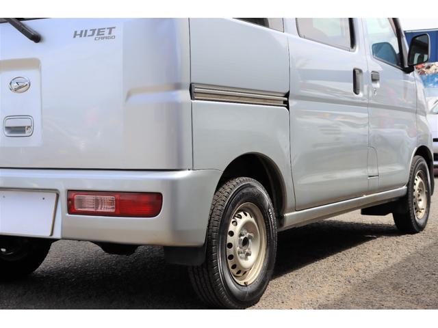 DX 1年保証付き 4WD 4ナンバー バン ハイルーフ ラジオデッキ 頭上収納 荷室LEDランプ 鍵 キーレスリモコン タイミングチェーンエンジン 車検令和4年3月まで(19枚目)