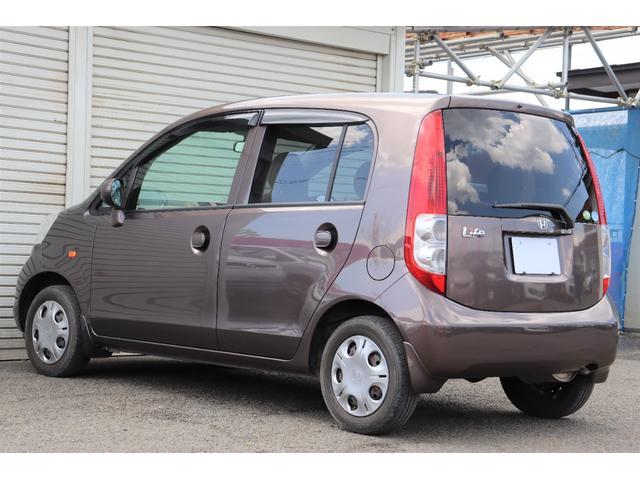 C 1年保証付き CDデッキ AUX 夏タイヤ 3.5万キロ 内装ベージュカラー 車検令和5年6月まで(3枚目)