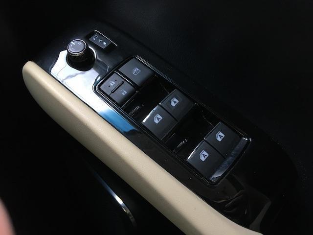 2.5V 7名4WD モデリスタ LEDグリル 両側パワスラ(11枚目)