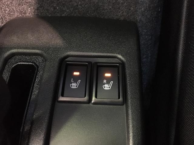 ★前席シートヒーター付き!