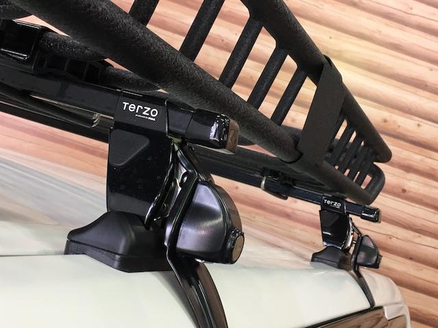 GL 4WD 2インチリフトアップ エクストリームJアルミ マッドスターM/T 各所ブラック塗装 ルーフキャリアー レガリア製シートカバー 電動格納ミラー シートリフター キーレス ETC スペアキー(20枚目)