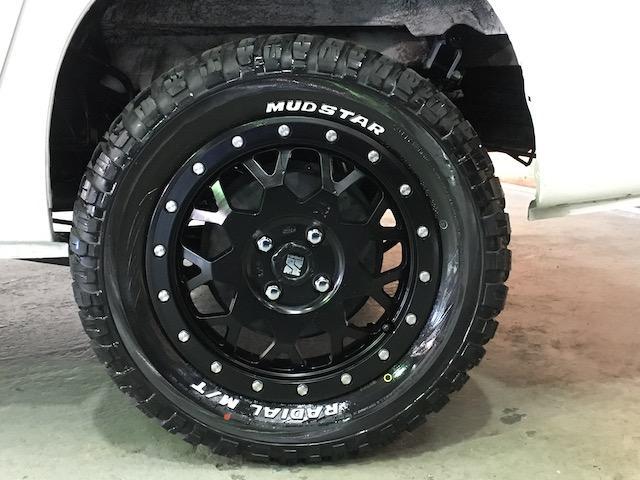 GL 4WD 2インチリフトアップ エクストリームJアルミ マッドスターM/T 各所ブラック塗装 ルーフキャリアー レガリア製シートカバー 電動格納ミラー シートリフター キーレス ETC スペアキー(26枚目)
