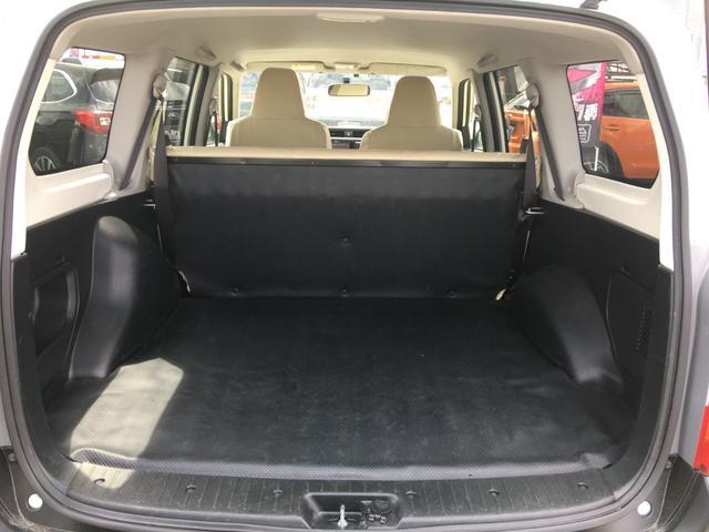 GL 4WD 2インチリフトアップ エクストリームJアルミ マッドスターM/T 各所ブラック塗装 ルーフキャリアー レガリア製シートカバー 電動格納ミラー シートリフター キーレス ETC スペアキー(46枚目)