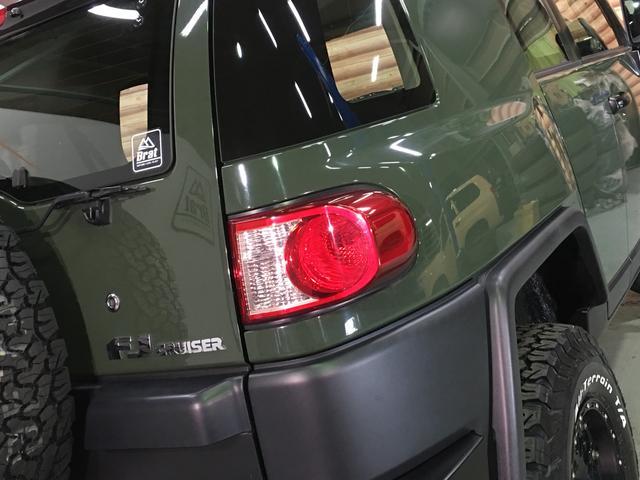 ベースグレード KMC製17インチAW 新品BFグッドリッチA/T 2インチリフトアップ Bratオリジナルコイル LEDウィンカー 各所ブラック塗装 BFグッドリッチA/T KO2 Fガラス熱線 A-TRAC(30枚目)