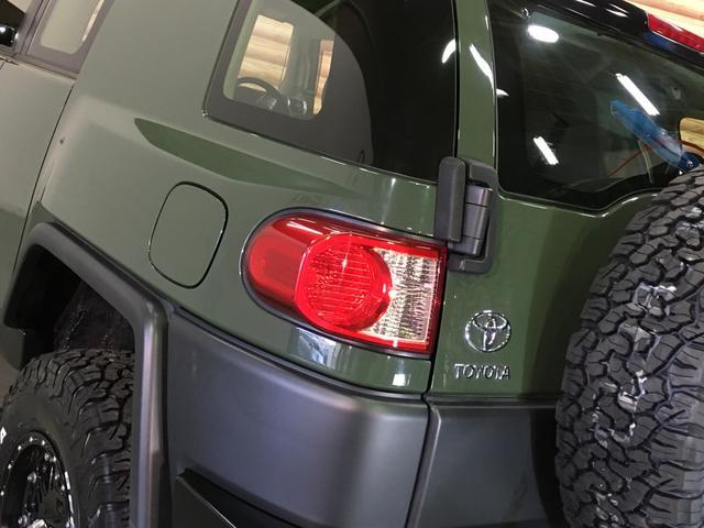 ベースグレード KMC製17インチAW 新品BFグッドリッチA/T 2インチリフトアップ Bratオリジナルコイル LEDウィンカー 各所ブラック塗装 BFグッドリッチA/T KO2 Fガラス熱線 A-TRAC(31枚目)