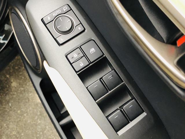 NX200t バージョンL サンルーフ パワーバックドア 純正ナビ 電動格納セカンドシート S/Bカメラ シートヒーター/シートエアコン 革シート パワーシート シートメモリー 三眼LEDヘッドライト ドラレコ 100V電源(28枚目)