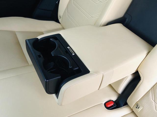 NX200t バージョンL サンルーフ パワーバックドア 純正ナビ 電動格納セカンドシート S/Bカメラ シートヒーター/シートエアコン 革シート パワーシート シートメモリー 三眼LEDヘッドライト ドラレコ 100V電源(39枚目)