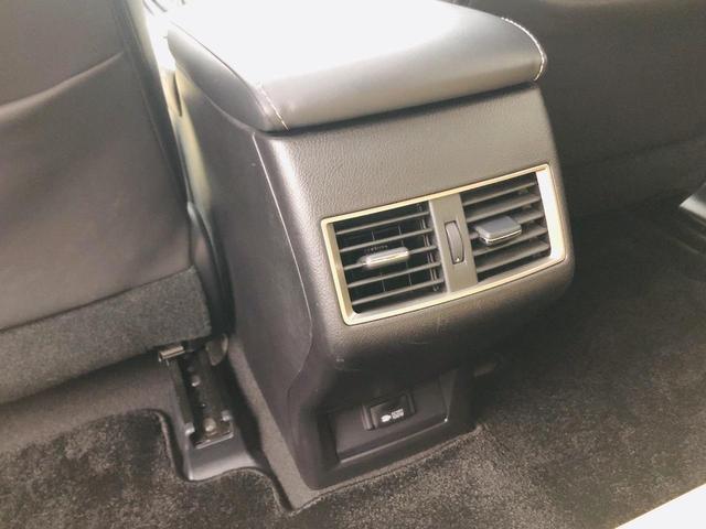 NX200t バージョンL サンルーフ パワーバックドア 純正ナビ 電動格納セカンドシート S/Bカメラ シートヒーター/シートエアコン 革シート パワーシート シートメモリー 三眼LEDヘッドライト ドラレコ 100V電源(40枚目)