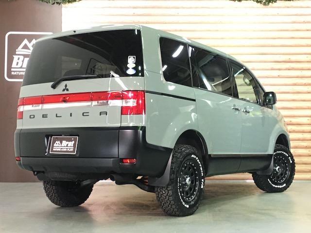 シャモニー NEWペイント/ツイードグレー 1.5インチリフトアップ BFグッドリッチKO2タイヤ新品 TT製16インチAW新品 腰下ラインX調・マッドブラックペイント 切替4WD 前席シートヒーター ETC(13枚目)