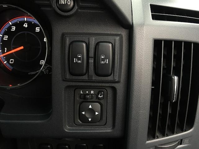 シャモニー NEWペイント/ツイードグレー 1.5インチリフトアップ BFグッドリッチKO2タイヤ新品 TT製16インチAW新品 腰下ラインX調・マッドブラックペイント 切替4WD 前席シートヒーター ETC(32枚目)
