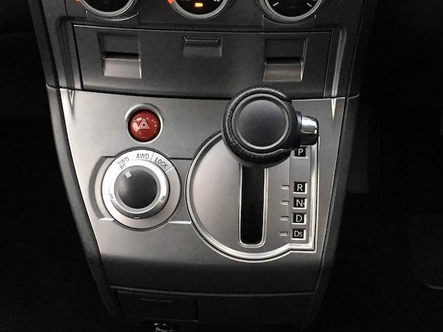 シャモニー NEWペイント/ツイードグレー 1.5インチリフトアップ BFグッドリッチKO2タイヤ新品 TT製16インチAW新品 腰下ラインX調・マッドブラックペイント 切替4WD 前席シートヒーター ETC(39枚目)