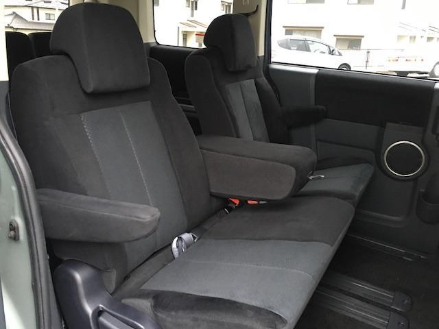 シャモニー NEWペイント/ツイードグレー 1.5インチリフトアップ BFグッドリッチKO2タイヤ新品 TT製16インチAW新品 腰下ラインX調・マッドブラックペイント 切替4WD 前席シートヒーター ETC(46枚目)