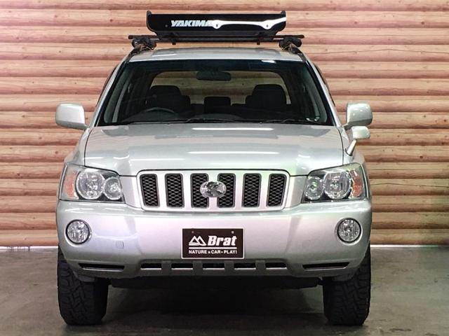 FOUR 4WD 5名乗 走行距離4.0万km 純正エンジンスターター 純正HDDナビ(CD、DVD、MD、FM/AM) 純正フロアマット ETC ルーフレール キーレス スペアキー 純正アルミホイール付き(6枚目)