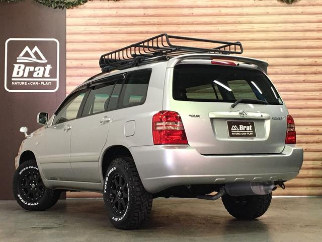 FOUR 4WD 5名乗 走行距離4.0万km 純正エンジンスターター 純正HDDナビ(CD、DVD、MD、FM/AM) 純正フロアマット ETC ルーフレール キーレス スペアキー 純正アルミホイール付き(15枚目)
