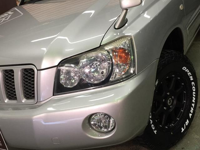 FOUR 4WD 5名乗 走行距離4.0万km 純正エンジンスターター 純正HDDナビ(CD、DVD、MD、FM/AM) 純正フロアマット ETC ルーフレール キーレス スペアキー 純正アルミホイール付き(16枚目)