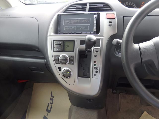 トヨタ ラクティス X 4WD スマートキー