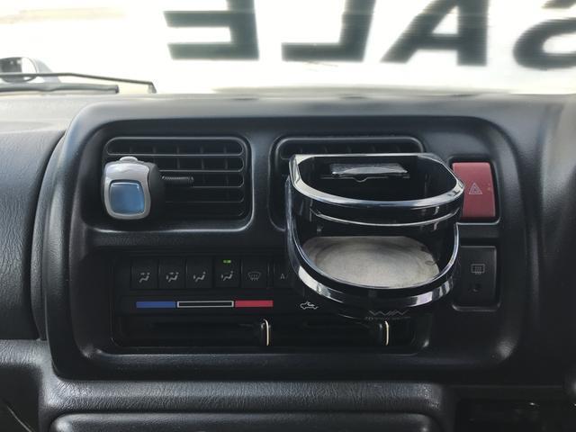 XC 軽自動車 4WD シルバー MT ターボ AC AW(17枚目)