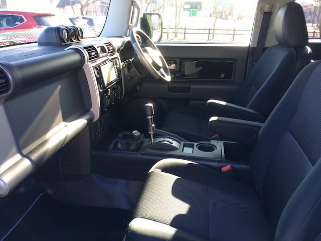 トヨタ FJクルーザー ブラックカラーパッケージ2UP KMCアルミ Fプロテクター