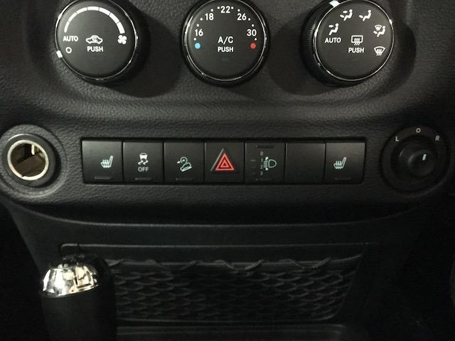 「その他」「クライスラージープ ラングラーアンリミテッド」「SUV・クロカン」「北海道」の中古車34