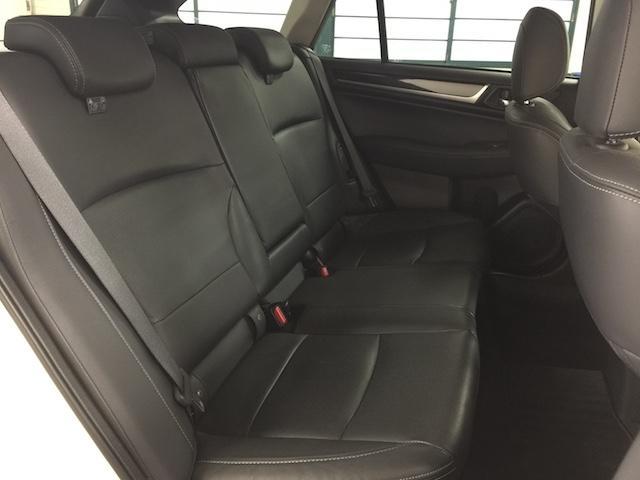 「スバル」「レガシィアウトバック」「SUV・クロカン」「北海道」の中古車37